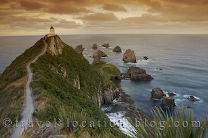 photo of Nugget Point Lighthouse For Sunset In The Catlins
