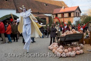 photo of Entertainer Hexenagger Castle Christmas Markets Germany