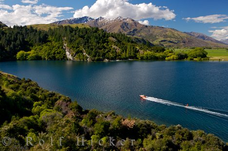 photo of Lake Wanaka Central Otago